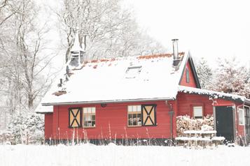 westerkerkje in de sneeuw